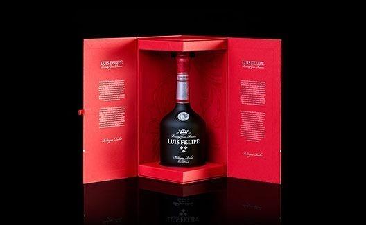 O vinho Brandy Luis Felipe traz uma das melhores garrafas ever! 6
