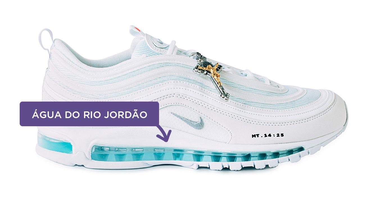 Tênis Nike Air Max 97 branco com destaque pra água contida na lateral
