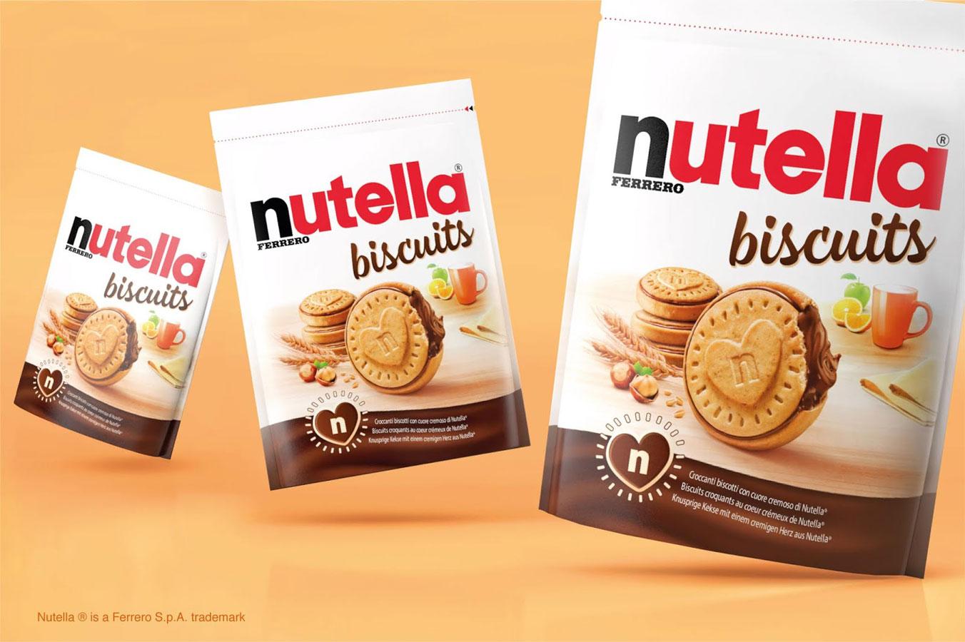 Três embalagens do Nutella Biscuits lado a lado